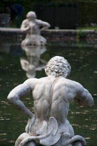 Der Wassermann-Mann ist ein Abenteurer und liebt neue Entdeckungen.