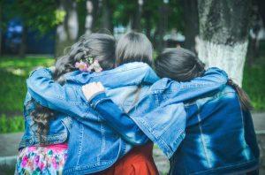 Freundschaften unter den Sternzeichen, manche Freundschaften stehen unter keinen guten Stern.